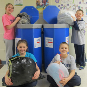 Students Collect Clothing for Goodwill